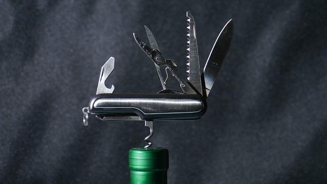 multifunkční nůž