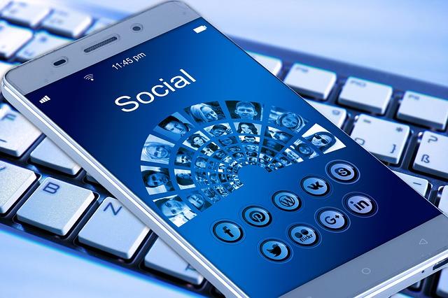 mobil a média