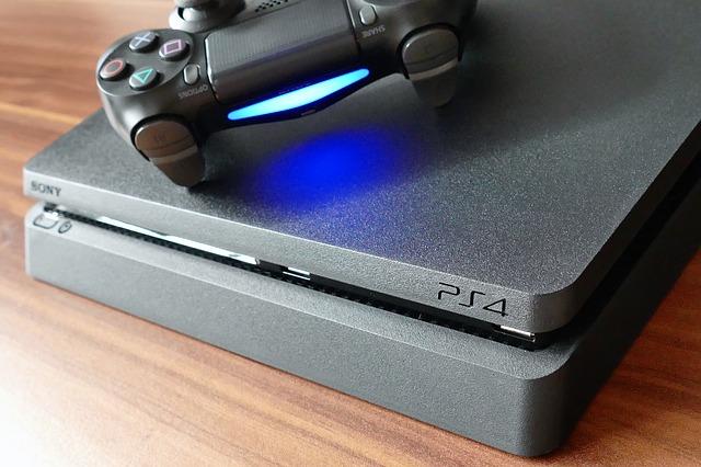 playstation 4 s ovladačem